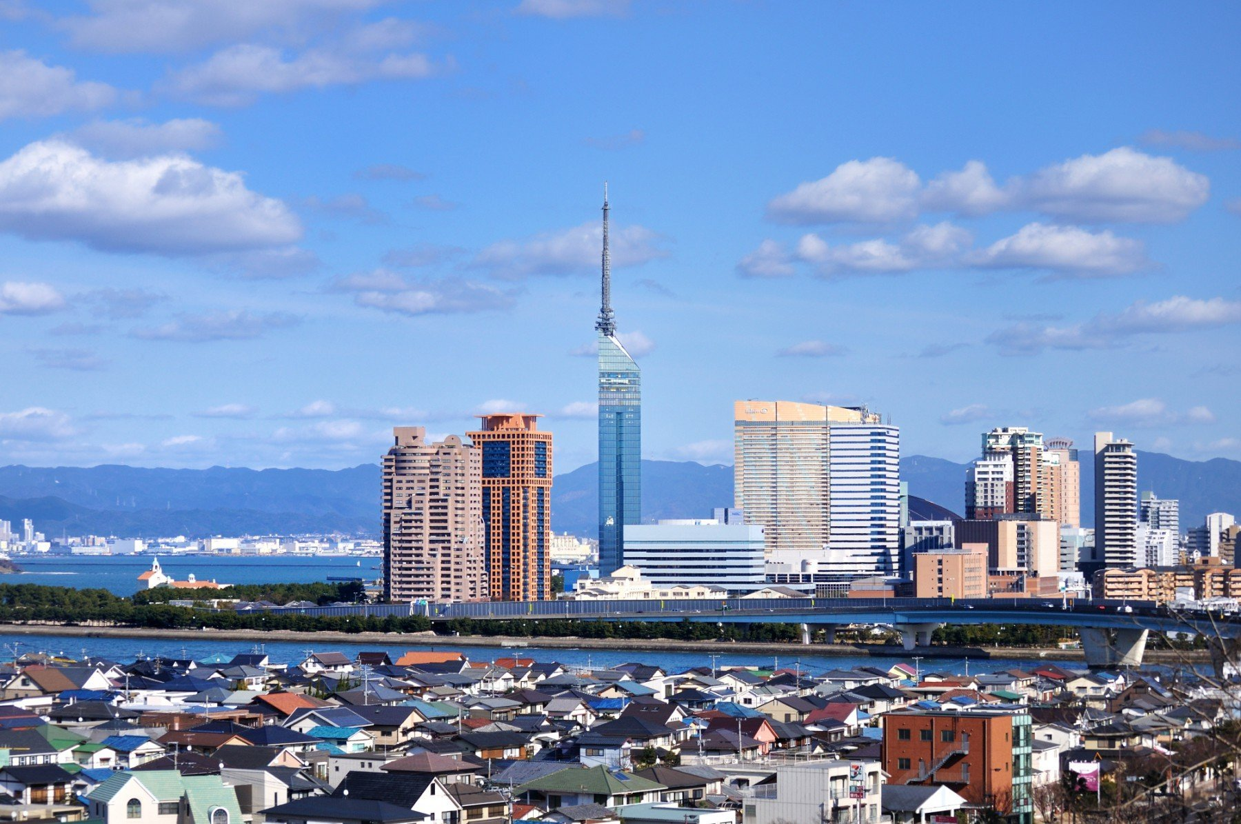 愛宕山からのシーサイドももち(2010)の画像
