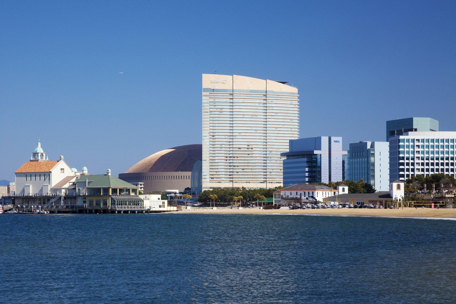 Image of Seaside Momochi(2010)