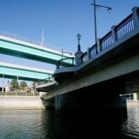 御笠川と都市高速(2006)の画像
