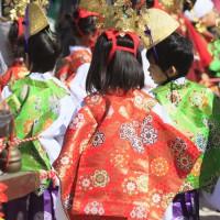 放生会・稚児行列(2010)の画像