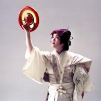 博多独楽の曲芸(筑紫珠楽)(撮影年不明)の画像