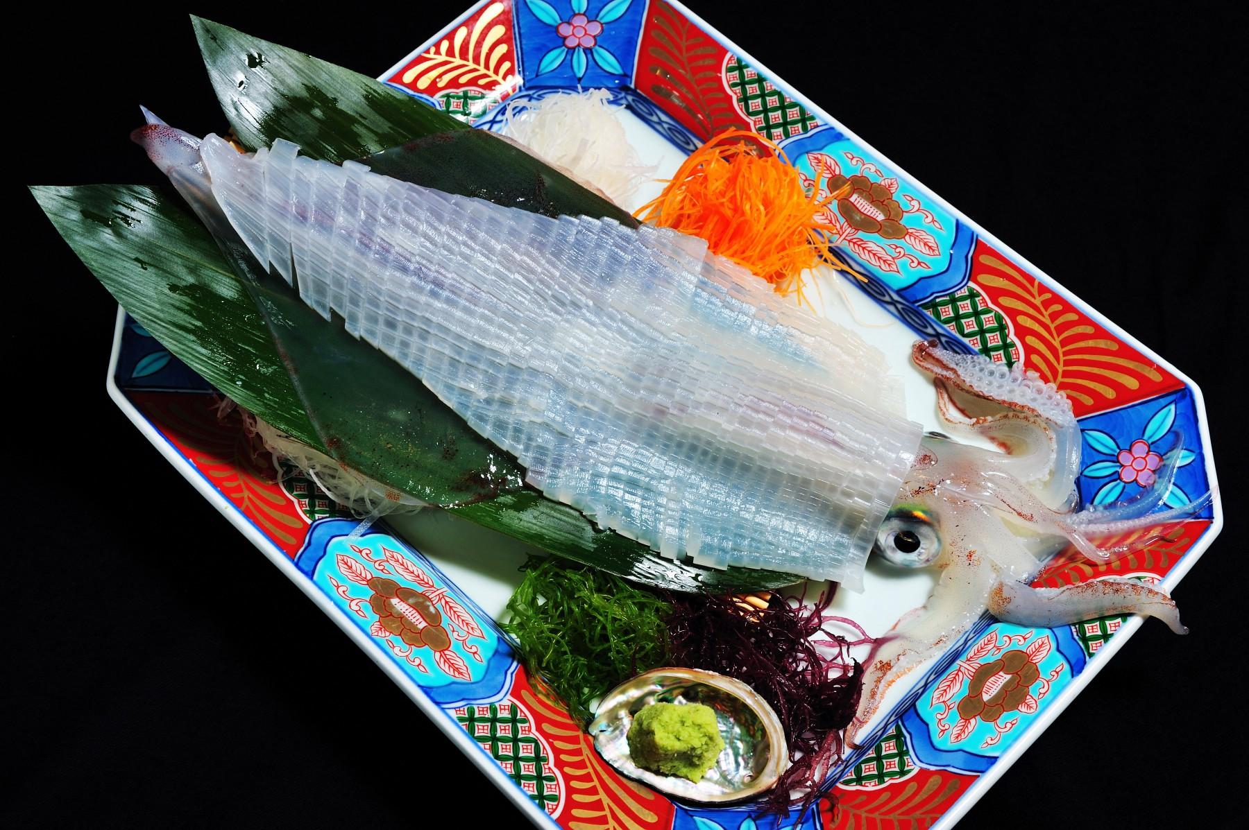 イカの活き造り(2009)の画像