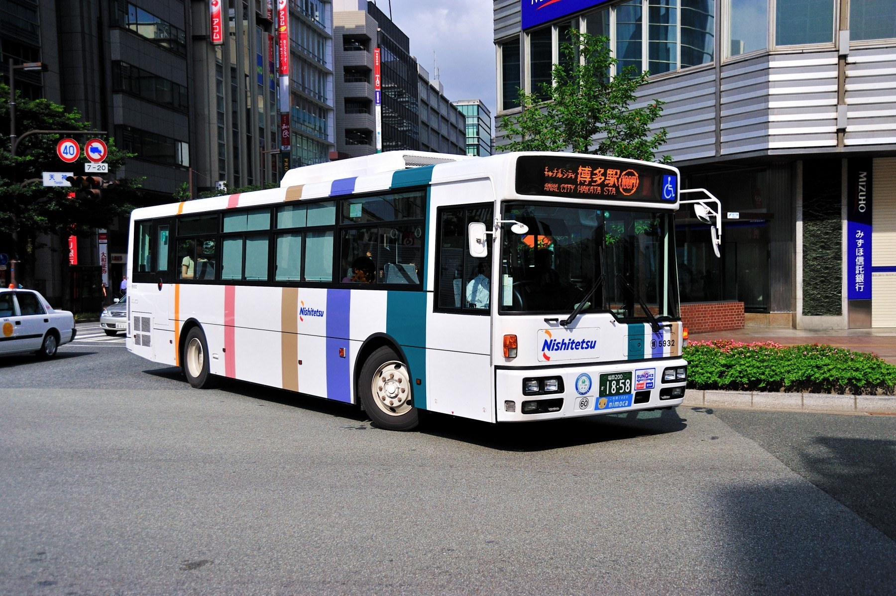 후쿠오카 도심 100엔 버스(2009)의 이미지