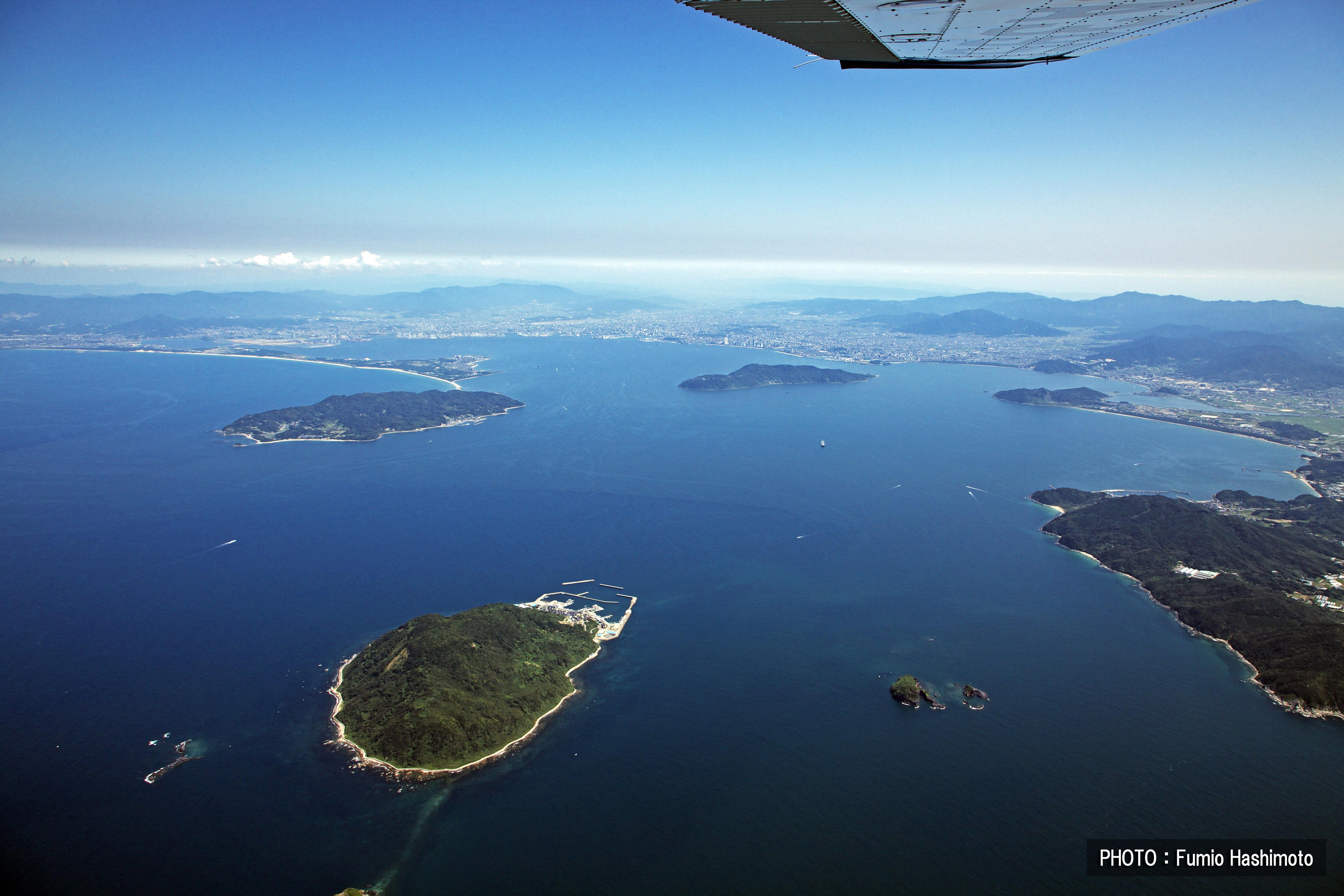玄界灘上空から(2009)の画像