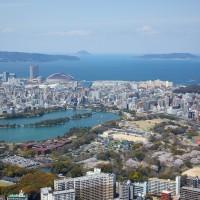 大濠公園上空から博多湾を望む(2009)の画像