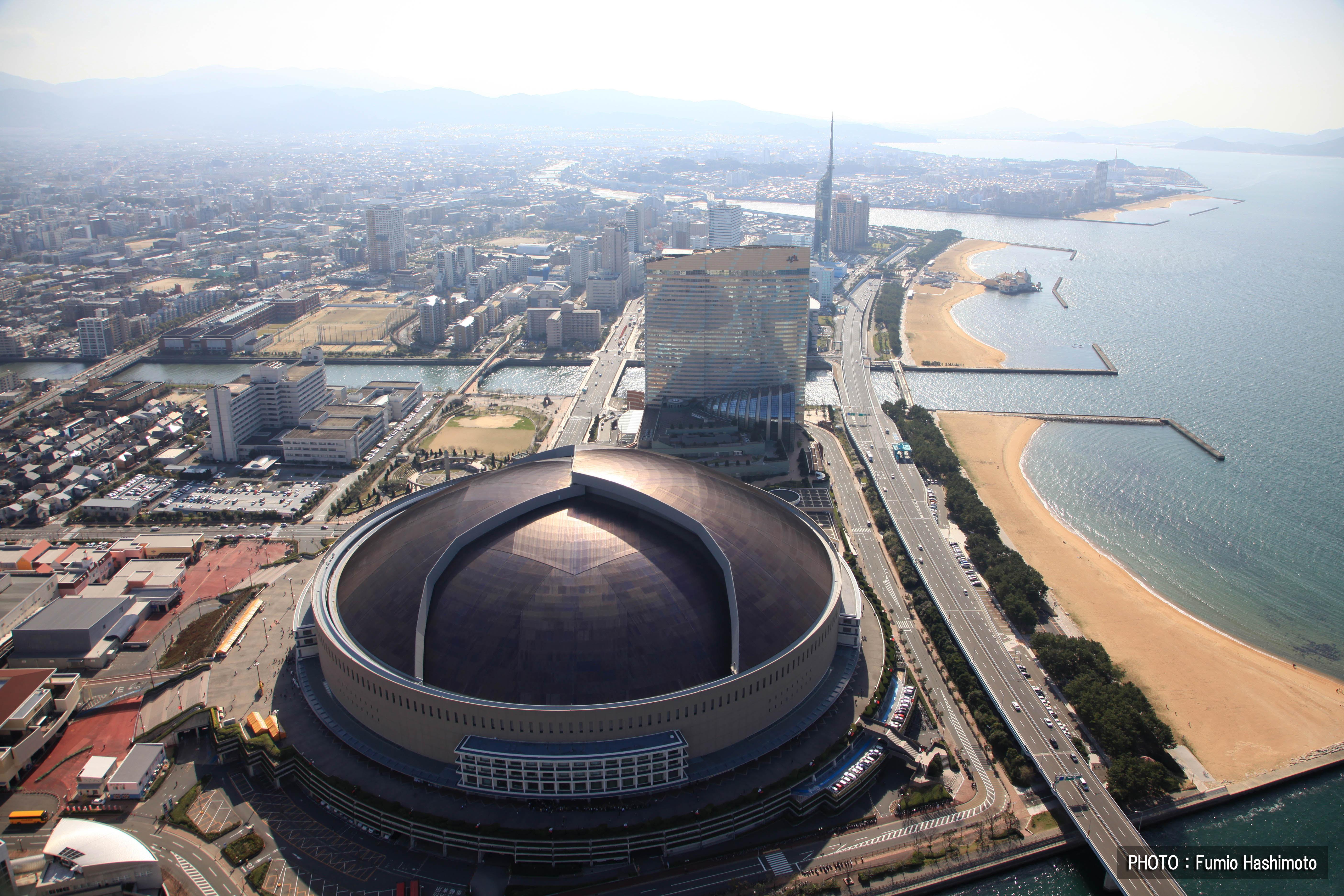 ヤフードーム上空(2009)の画像