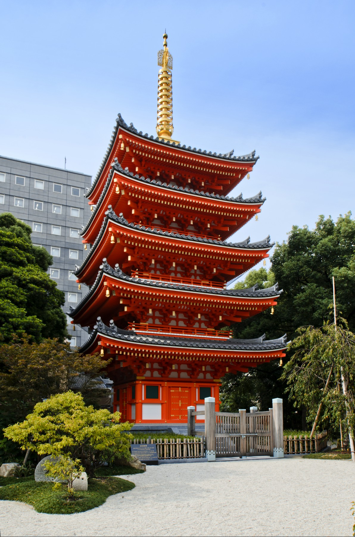 東長寺 五重塔(2012)の画像