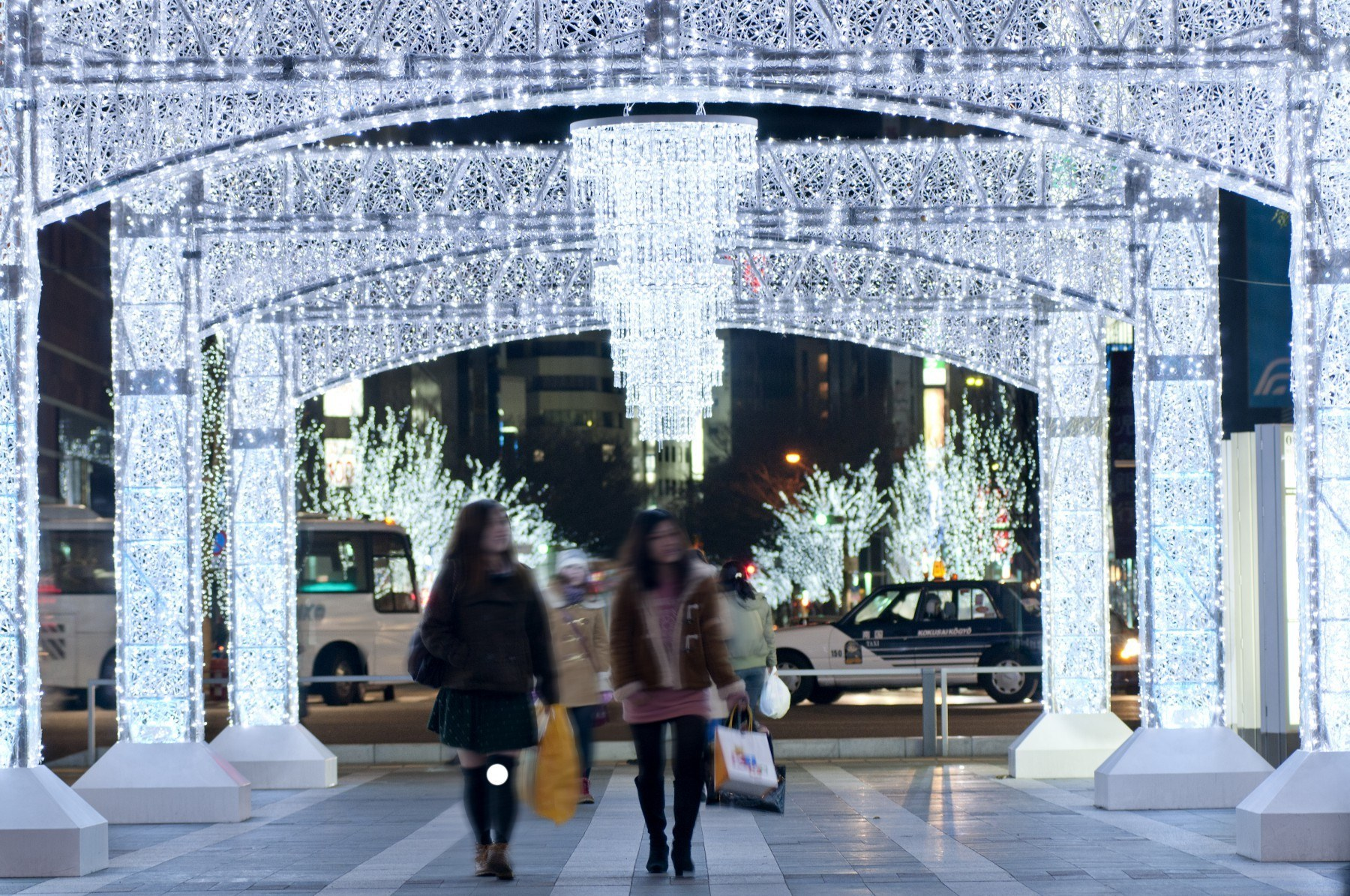 하카타역 크리스마스 일루미네이션(2011)의 이미지