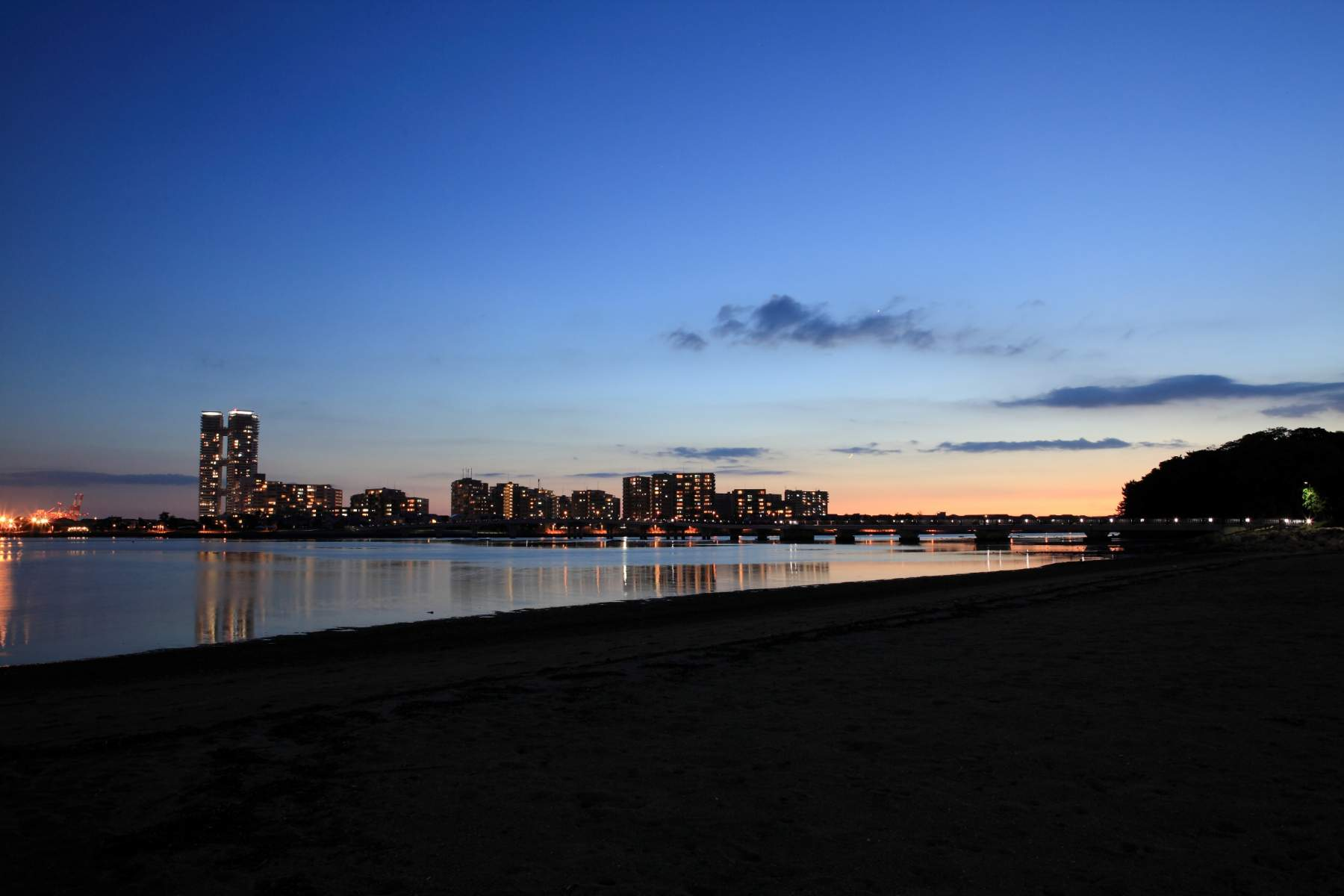 アイランドシティ夜景(2013)の画像